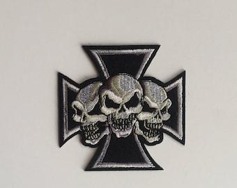 Nights Templar cross with skulls Iron on patch