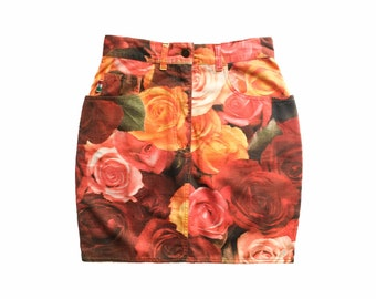 212bcc935823 Moschino jeans skirt, moschino floral skirt, moschino roses, floral skirt,  80s skirt, floral print, rose flower, vintage Moschino