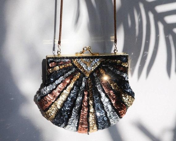 Clamshell beaded bag, vintage crossbody bag, vinta
