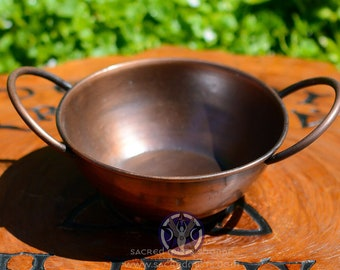 Old Fashioned Copper Pot Cauldron for Burning Incense, Blessing Bowl, Offerings, Smudge Pot, Wicca, Witchcraft, Ritual, Ceremony, Altar Tool