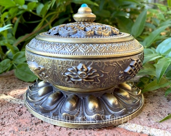 Tibetan Temple Bowl for Burning Incense, Blessing Bowl, Offerings, Smudge Pot, Wicca, Witchcraft, Ritual, Ceremony, Altar Tool, Cauldron