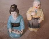 toshikane porcelain salt pepper shakers man woman Japan Exquisite EXCELLENT COND. True Pair