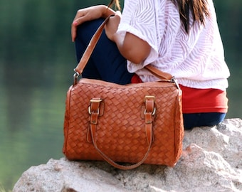 Leather weekender bag - womens weekender bag - brown leather weekender - leather travel bag - leather overnight bag