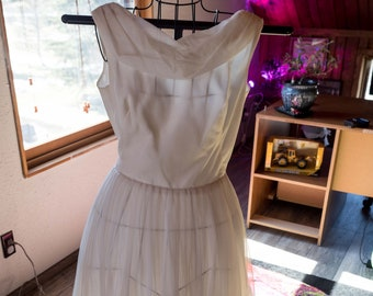 White Vintage evening dress
