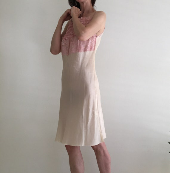 Vintage 1950s silk & lace ivory nightgown slip dr… - image 8