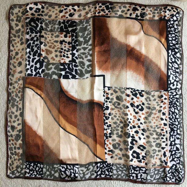 ad116751c20 Foulard soie imprimé léopard Vintage vente pure or