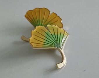 Ginkgo Resin Pin