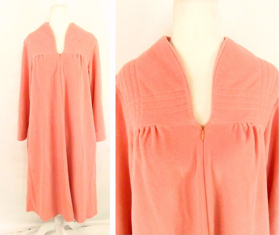 Vintage 1960s House Coat Zip Front Robe Fuzzy Size