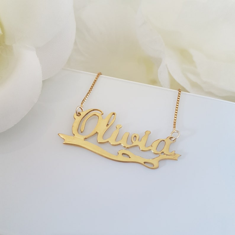 pendant charm chain personalized cursive jewelry 14k solid gold necklace with name on it customized Olivia nameplate name plate