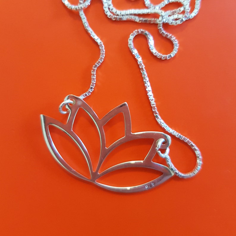 Lotus Necklace Dogeared Lotus Flower Necklace Flower Pendant Etsy