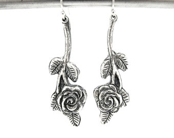 Valentine day flowers, silver earrings, Roses, Rose earring, Silver earrings, roses, Botanical earrings, rose earrings, dangle earrings