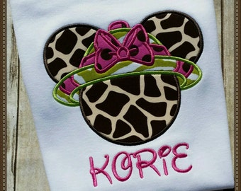 Disney safari animal kingdom t-shirt Minnie Mouse giraffe, zebra, personalized applique Disney t-shirt Short Sleeve