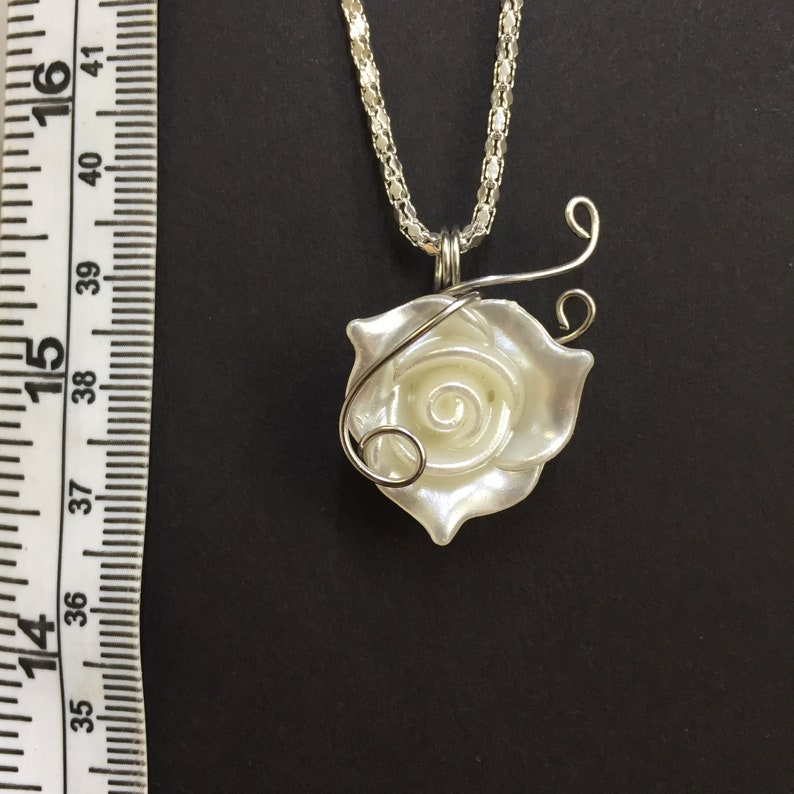 Wire Wrapped Rose Necklace