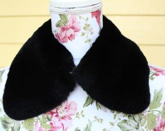 Black Vintage Fur Collar - Softest Fur Collar - Vintage Fur - Bib Necklace - PeterPan Collar - Vintage Collar - Black Fur Collar - Real