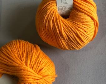 Cotton organic yarn 100% baumwolle cotton 50gm . High quality yarn for crocheting knitting, orange cotton yarn