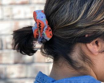 Halloween scrunchie, black cat pony tail holder , pumpkin scrunchies, Halloween hair style,  hair ties,  pony tail holder, headbands