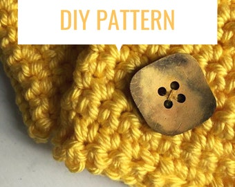 DIY pattern chunky cowl with large button, crocheted scarf pattern