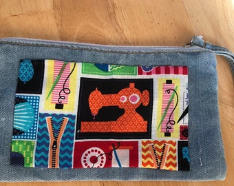 Purse, Coin purse, blue jeans change purse, sewing project purse, crafter room organization, crafts accessories, chic project bag