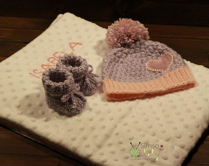 beautiful baby personalised gift, baby blanket, baby booties, baby hat, newborn, perfetc newborn gift