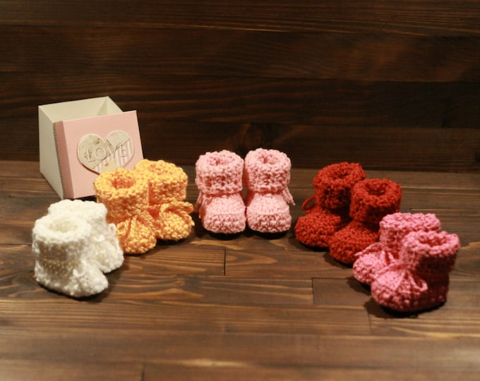 Featured listing image: Crocheted slippers - soft wool yarn (baby slippers, wool, baby gift, newborn, boy, girl)