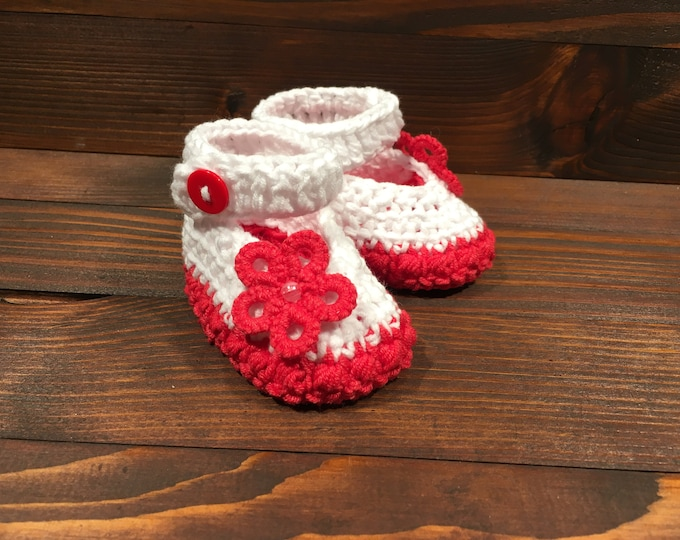 Crocheted slippers - Cotton - Tatting flower - Crochet - Tatting - Baby gift - Baby girl