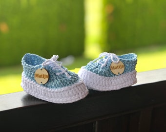 Baby personalised booties, sneakers, best gift, unique, newborn gift, baby girl, baby  boy, first shoes with name
