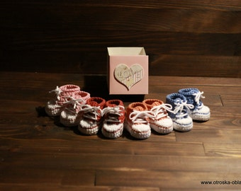 Baby booties, sneakers, crochet all star, baby shower gift, newborn gift, baby girl, baby  boy, first shoes with name