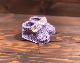 Baby booties, bamboo booties, crochet baby shower gift, newborn gift, baby girl, baby  boy, first shoes