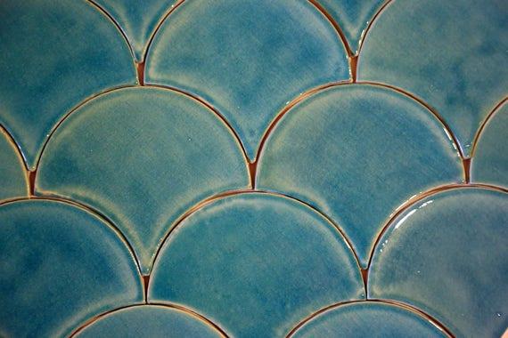 fliesen kacheln handgefertigt belgien, tropfen-form-fliesen handgefertigt | etsy, Design ideen