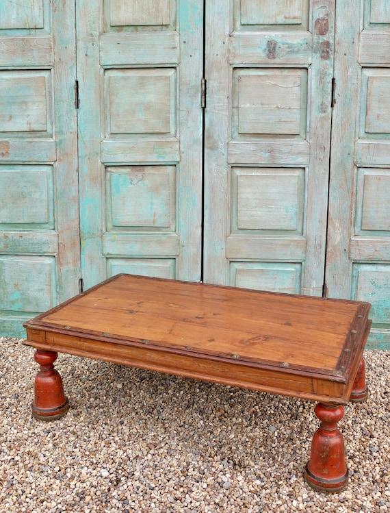 Pleasant Gorgeous Antique Indian Teak Coffee Table Inzonedesignstudio Interior Chair Design Inzonedesignstudiocom