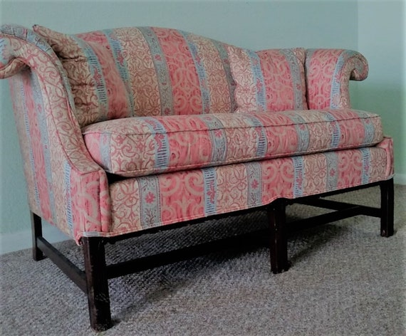 Awesome Settee Loveseat Camelback Chippendale Style Cinnamon And Sky Blue Chinoiserie Coastal Cottage Boho Coastal Contemporary Machost Co Dining Chair Design Ideas Machostcouk