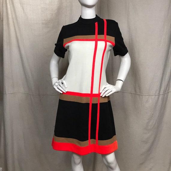 60s Dress Short Sleeve Marco Polo // Women's Geome