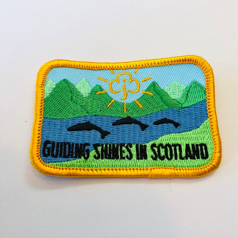 Girl Guides of Scotland Patch - Badge - Guiding Shines in Scotland