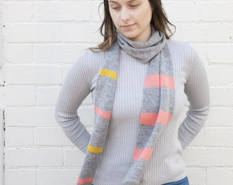 Merino Wool Scarf - Striped Detail - Light Grey Scarf