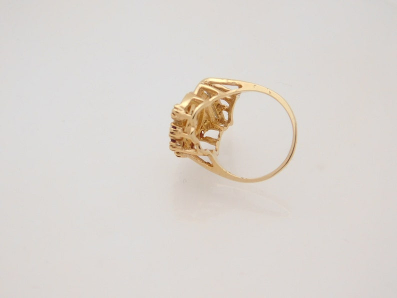 Ladies Round Cut Ruby /& Diamond Cluster Ring 10K Yellow
