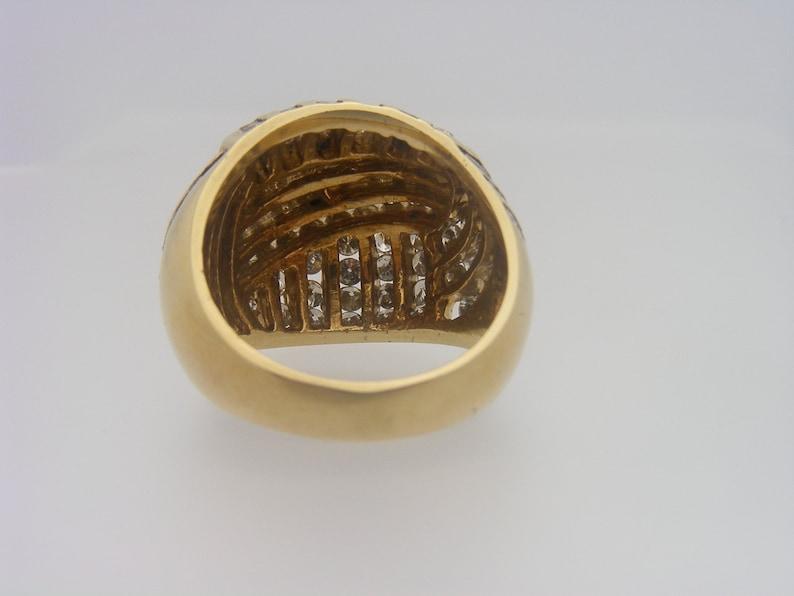 Ladies Round Cut Diamond Cluster Ring Yellow Gold 2.50 Carat T.W