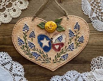 Heart Of The Texas Prairie Butterfly Heart   Texas Butterfly Farmhouse Heart Wall Plaque   Texas Wildflower Cottage Butterfly Heart Decor