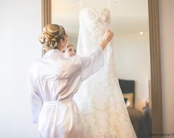 Bridal Robes, Personalized Mrs. Robe, Satin Bridal Robe, Bridal lingerie, wedding lingerie, bridal shower gifts, bridal robe, satin kimono