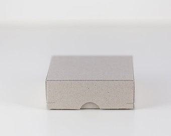 Geschenkschachtel 9x9x3 cm aus Graupappe