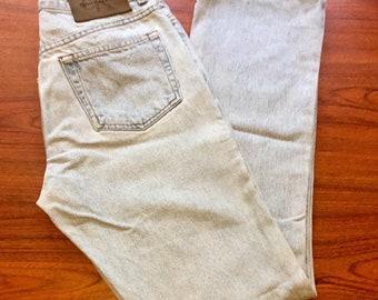 90s Vintage Calvin Klein Jeans Size 5, Light Wash Denim Jeans, High Waisted Jeans, Vintage Calvin Klein, 90s Vintage Jeans, Vintage Mom Jean