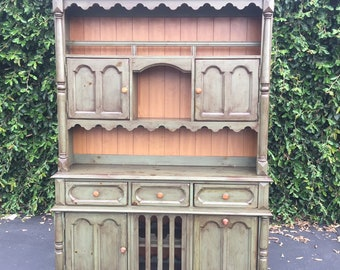 Vintage Broyhill Yorkshire Market Green Pine China Hutch Cabinet, Rustic Farmhouse Hutch, Farmhouse Kitchen Pantry, Vintage Rustic Hoosier