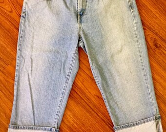 Y2K Vintage Levis 515 Low Rise Capri Jeans 8, Light Stone Wash Cropped Levis 33, Relaxed Straight Fit Levis Capris, Cropped Levis Jeans 8