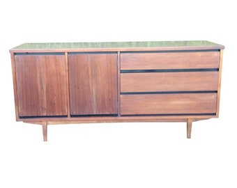 Mid Century Danish Modern Credenza Sideboard China Buffet Cabinet by Stanley Furniture, MCM, Media Console, Dresser, Chest of Drawers