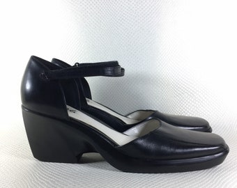 90s Vintage BCBG Paris Leather Chunky Mary Janes 8, 90s Black Leather Mary Janes, 2000s Chunky Mary Janes Size 8