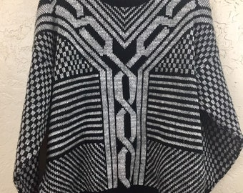 NWOT 90s Vintage Plus Size Black & Grey Geometric Pattern Oversized Pull Over Sweater by Traditional Touches, 80s Black Grey Grandma Sweater