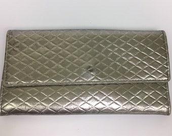 Vintage Silver Lame Womens Wallet, Vintage Silver Lame Womens Clutch, Vintage Glam Wallet, Silver Wallet, Vintage Silver Checkbook Cover