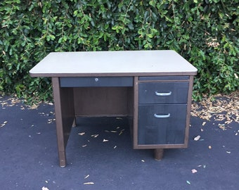 Mid Century Modern Industrial Single Pedestal Mini Tanker Desk, Vintage MCM Metal Desk, Vintage Industrial Desk, Mid Modern Office Desk
