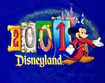 Y2K Vintage Disneyland Parks 2001 Sorcerer Mickey Tee Shirt, Vintage Disneyland Shirt, Disneyland Souvenir, Vintage Disney Parks Shirt Large