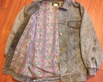 90s Vintage jean jacket Oversized black denim with paisley print lining