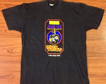 90s Vintage Dick Tracy Movie Premier June 15, 1990 Admit One Commemorative Tee Shirt, 90s Movies Shirts, Movie Memorabilia, 90s Disney Movie